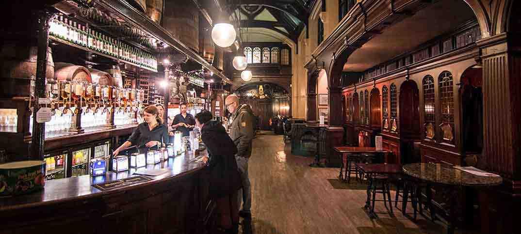London Copper Restaurant